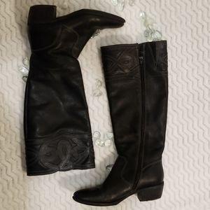 EUC Nurture Black Leather Boots